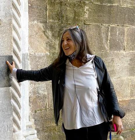 Daniela Grigoli è guida turistica abilitata per Lucca e provincia